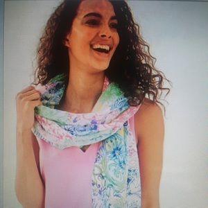 New Lilly Pulitzer resort scarf in Cheek to Cheek
